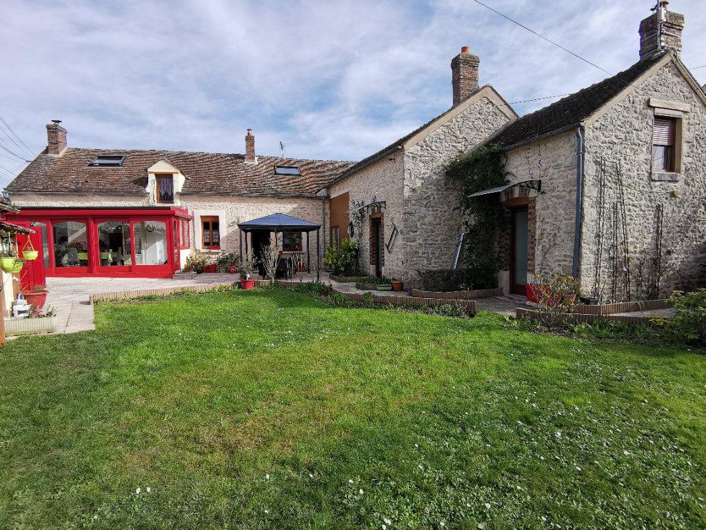 Maison à vendre 5 220m2 à Bagneaux-sur-Loing vignette-1