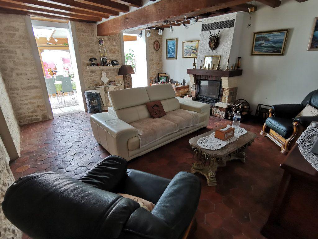 Maison à vendre 5 220m2 à Bagneaux-sur-Loing vignette-3