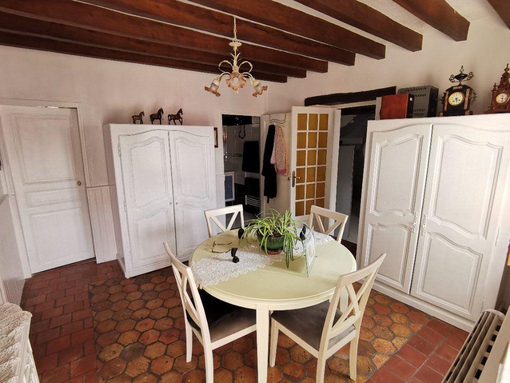 Maison à vendre 5 220m2 à Bagneaux-sur-Loing vignette-5