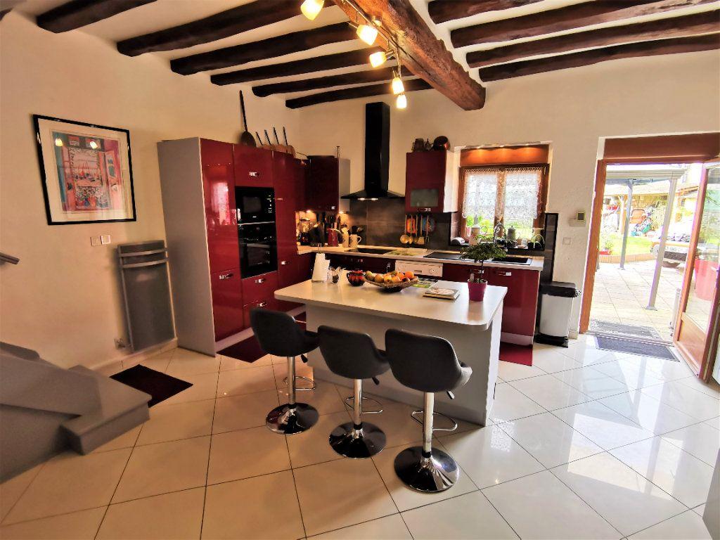 Maison à vendre 5 220m2 à Bagneaux-sur-Loing vignette-7
