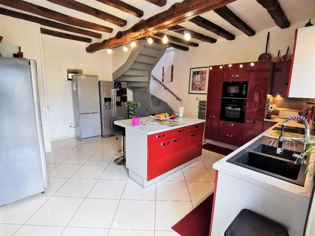 Maison à vendre 5 220m2 à Bagneaux-sur-Loing vignette-8