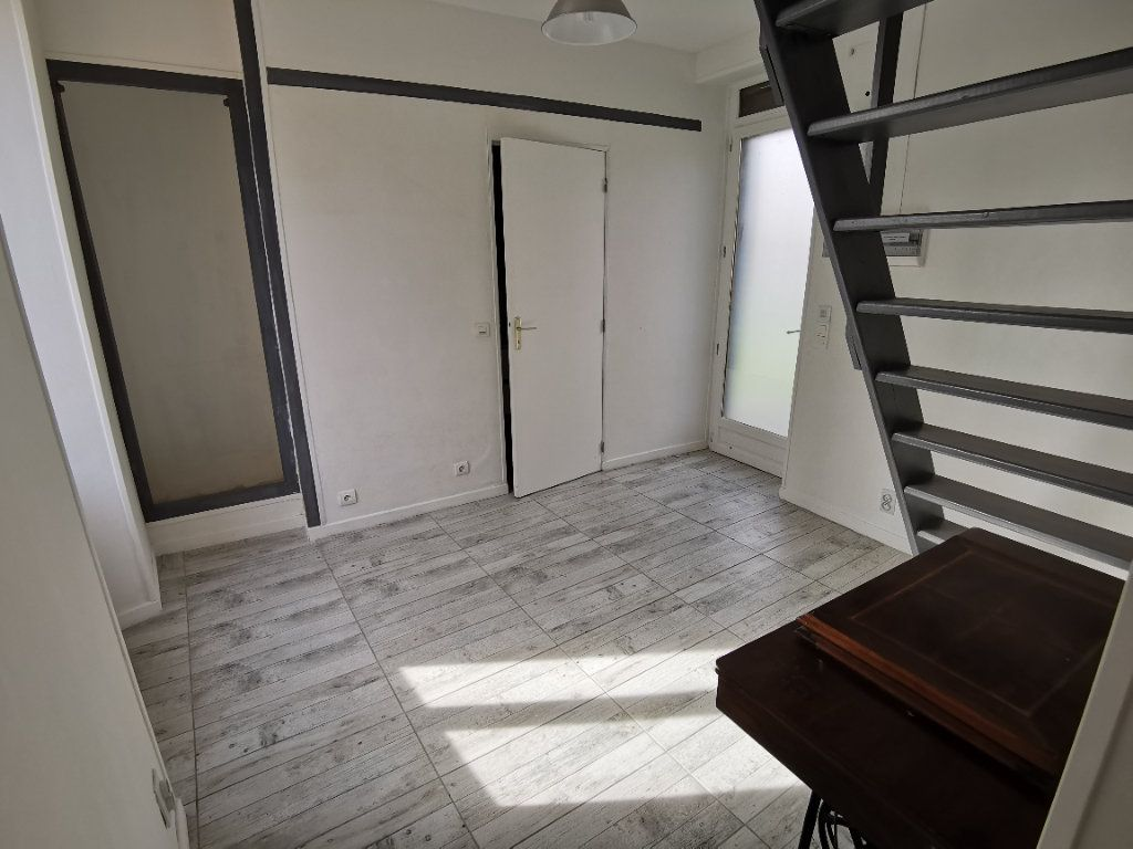 Maison à vendre 5 220m2 à Bagneaux-sur-Loing vignette-14