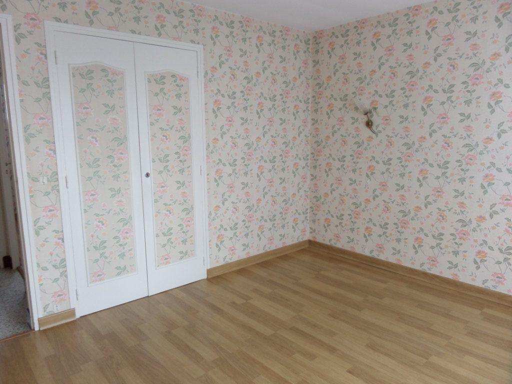 Maison à vendre 4 88m2 à Saint-Pierre-lès-Nemours vignette-5