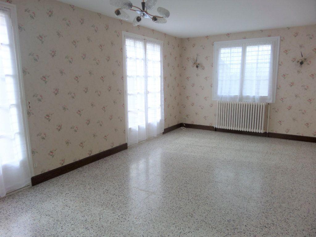 Maison à vendre 4 88m2 à Saint-Pierre-lès-Nemours vignette-12
