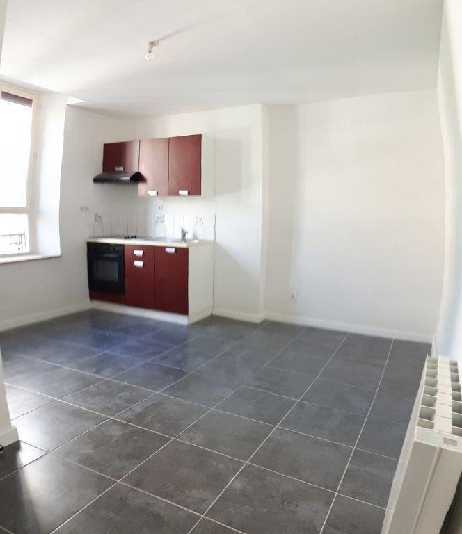 Appartement à louer 2 34m2 à Sens vignette-3