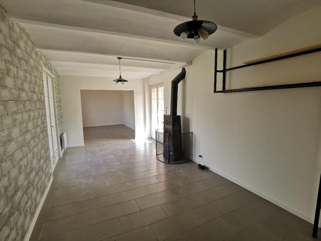 Maison à vendre 5 125m2 à Nemours vignette-4