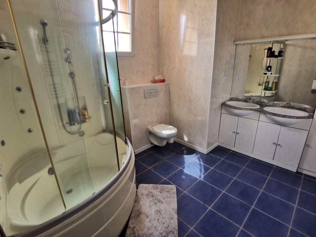 Maison à vendre 5 125m2 à Nemours vignette-6