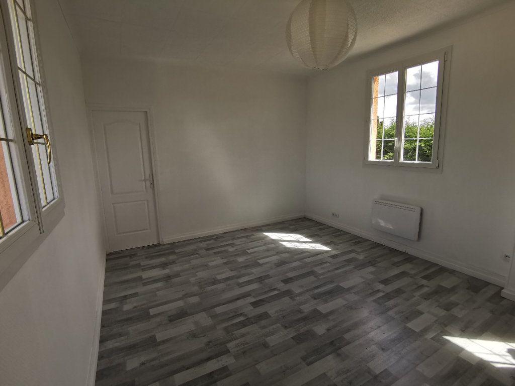 Maison à vendre 5 125m2 à Nemours vignette-8