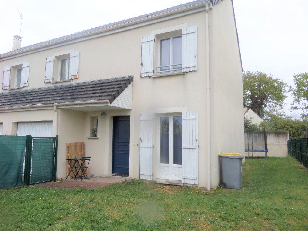Maison à vendre 5 87m2 à Saint-Pierre-lès-Nemours vignette-1