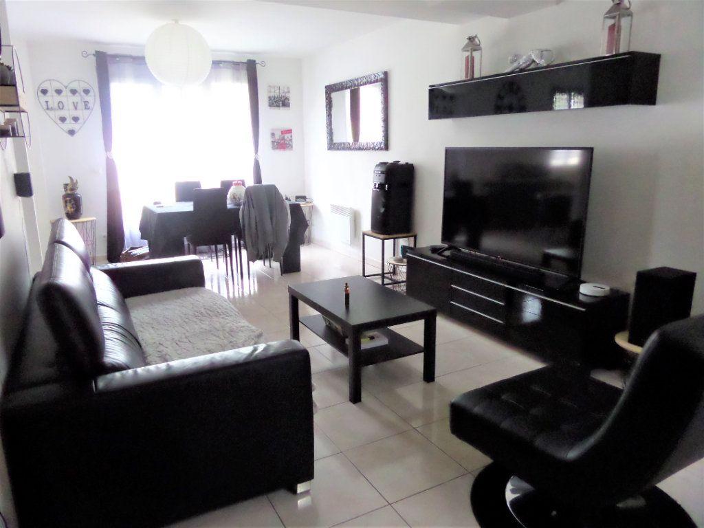 Maison à vendre 5 87m2 à Saint-Pierre-lès-Nemours vignette-2