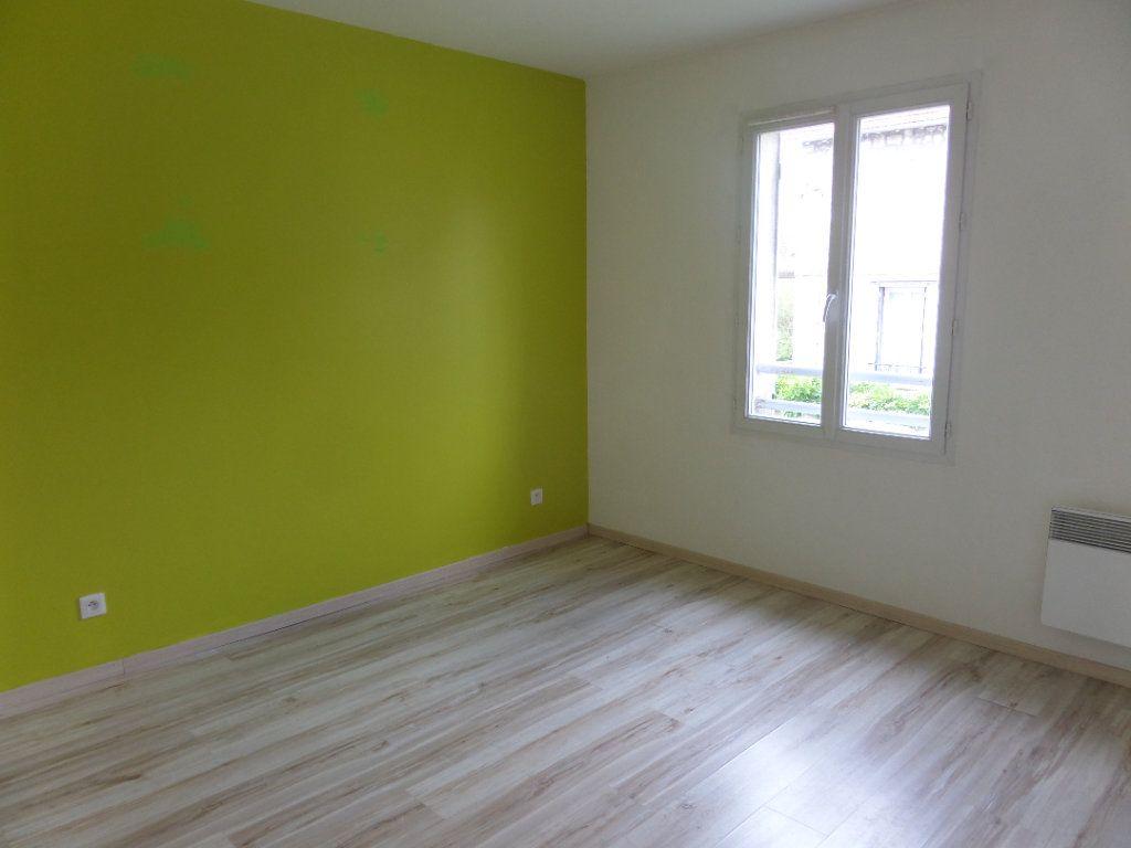 Maison à vendre 5 87m2 à Saint-Pierre-lès-Nemours vignette-6