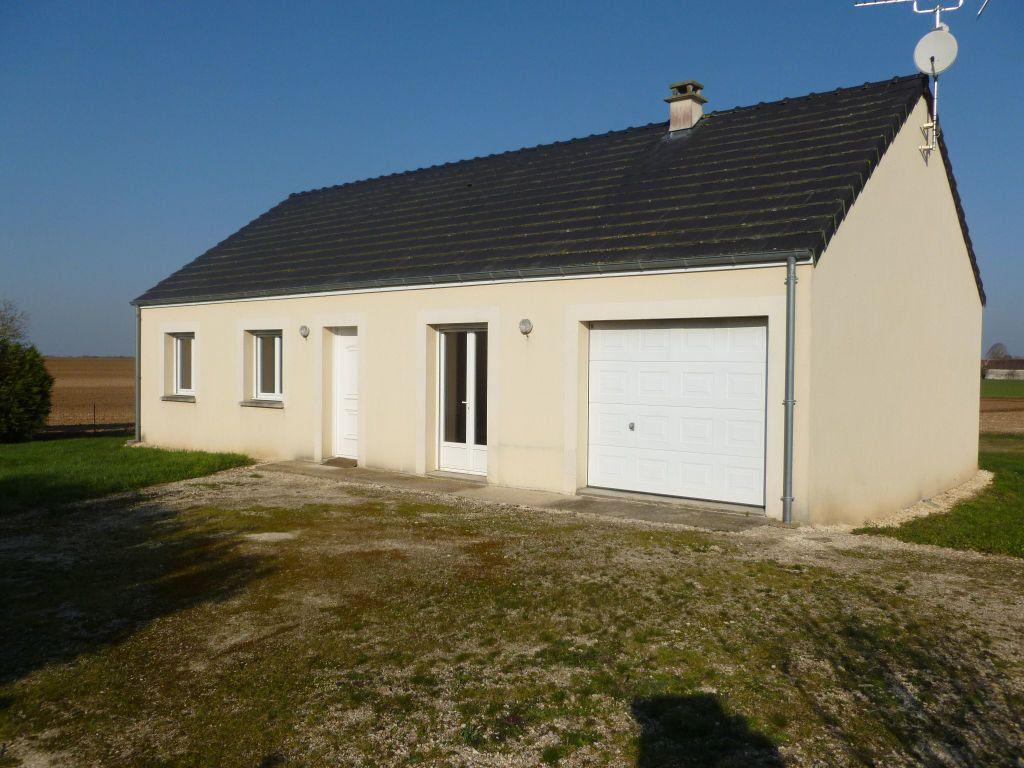 Maison à louer 4 82.69m2 à Bougligny vignette-1