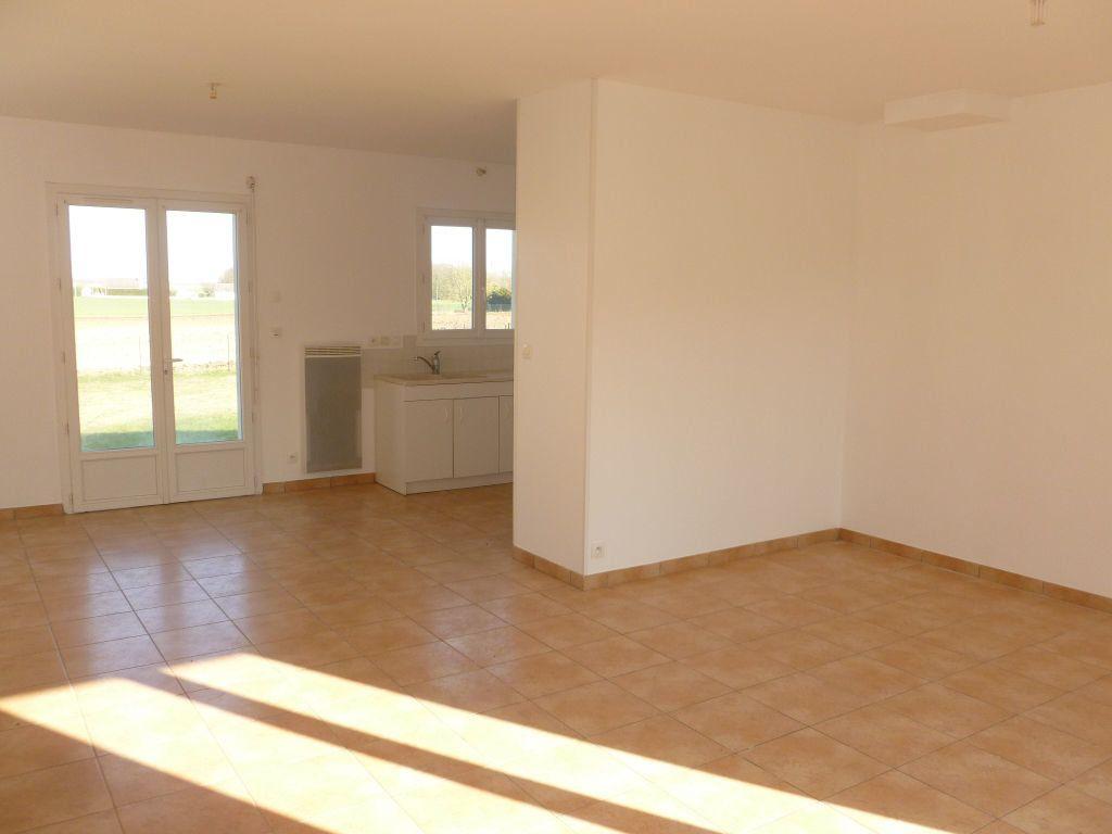 Maison à louer 4 82.69m2 à Bougligny vignette-3