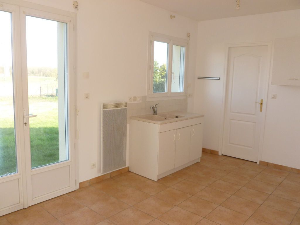 Maison à louer 4 82.69m2 à Bougligny vignette-4
