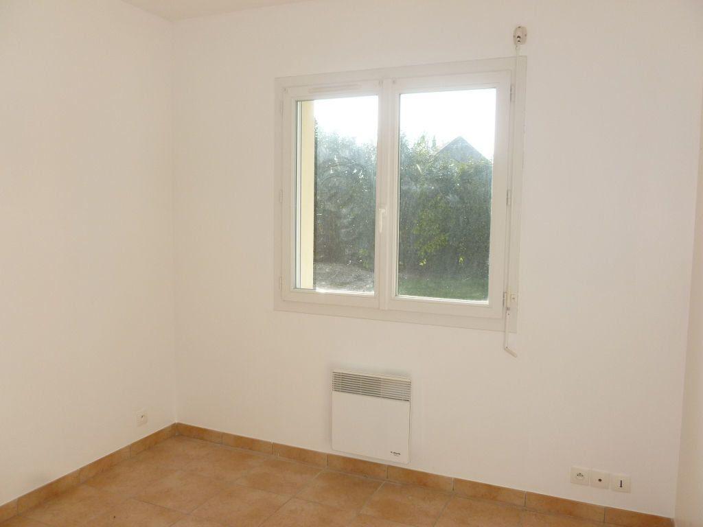 Maison à louer 4 82.69m2 à Bougligny vignette-6