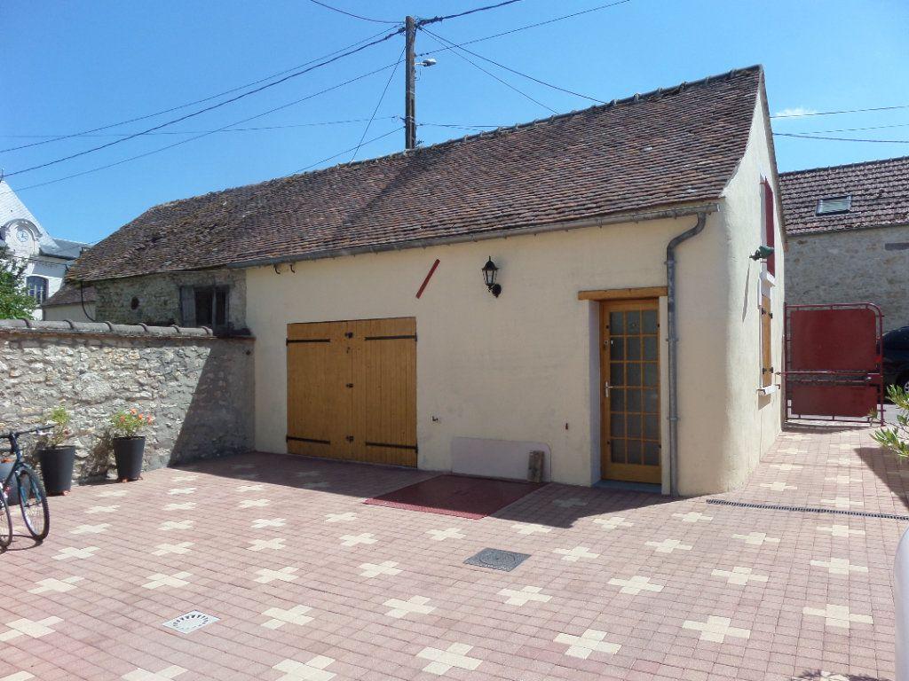 Maison à vendre 5 100m2 à Chevrainvilliers vignette-7