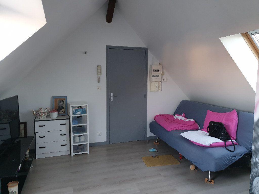 Appartement à louer 1 16.55m2 à Nemours vignette-1