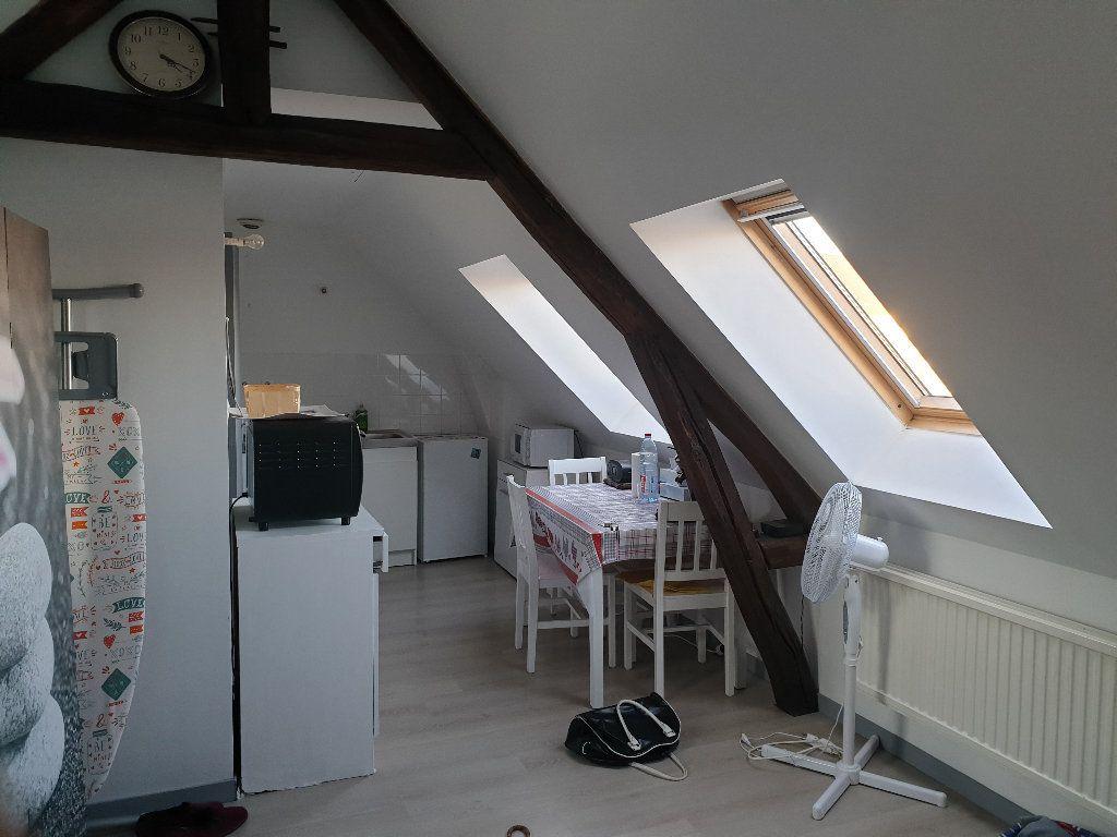 Appartement à louer 1 16.55m2 à Nemours vignette-3