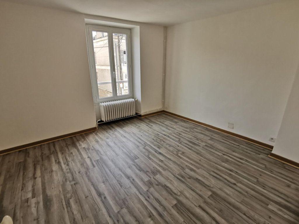 Maison à louer 3 72.26m2 à Nemours vignette-4