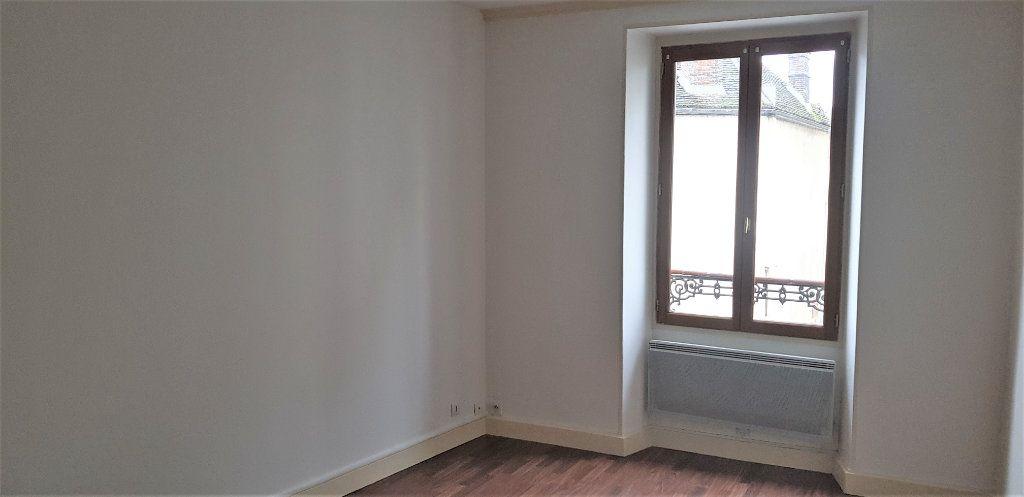 Appartement à louer 2 46.74m2 à Égreville vignette-1