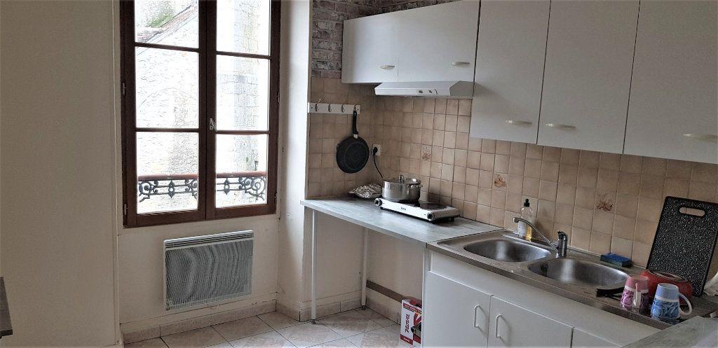 Appartement à louer 2 46.74m2 à Égreville vignette-2