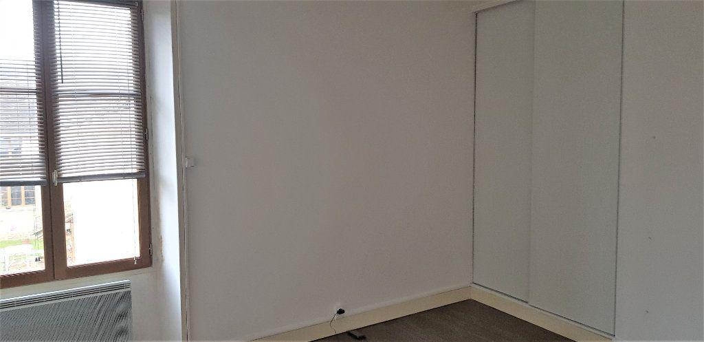 Appartement à louer 2 46.74m2 à Égreville vignette-4