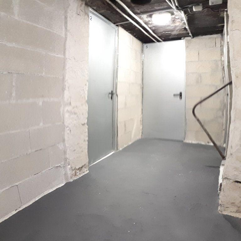 Appartement à louer 3 61m2 à Sens vignette-8