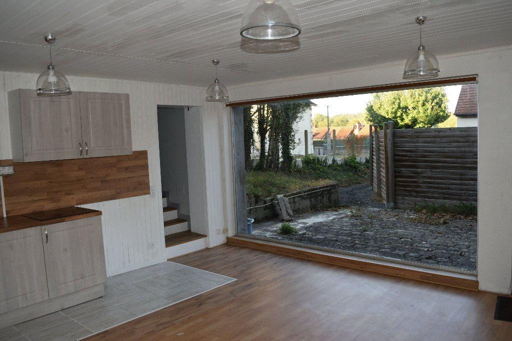 Appartement à louer 1 32.6m2 à Nemours vignette-2
