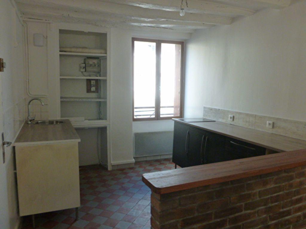 Appartement à louer 2 41.4m2 à Nemours vignette-1