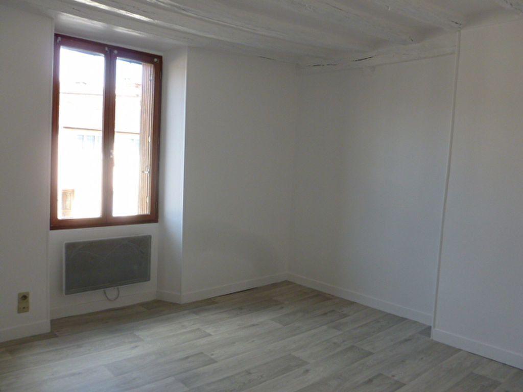 Appartement à louer 2 41.4m2 à Nemours vignette-4