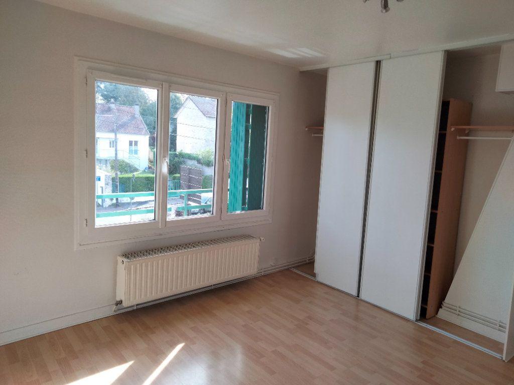 Appartement à louer 1 24.18m2 à Nemours vignette-1