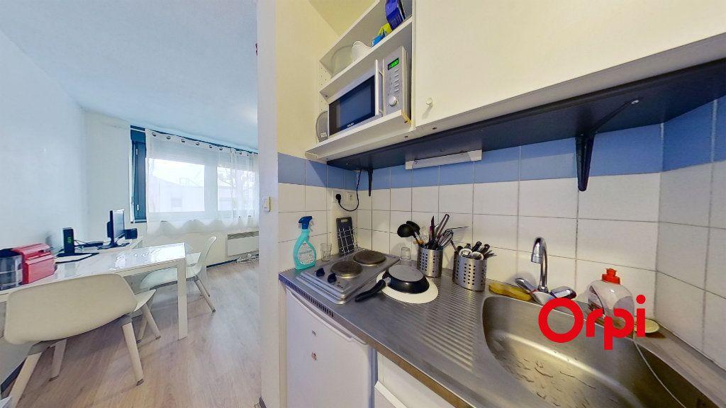 Appartement à louer 1 20m2 à Lyon 3 vignette-4