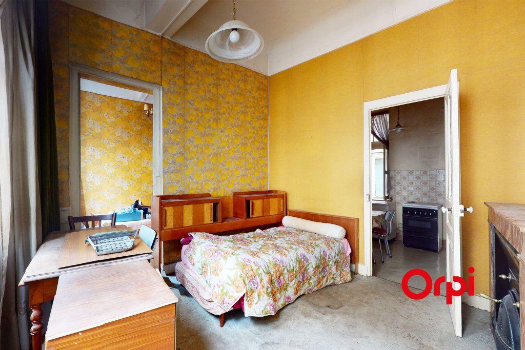 Appartement à vendre 3 51.89m2 à Lyon 1 vignette-3