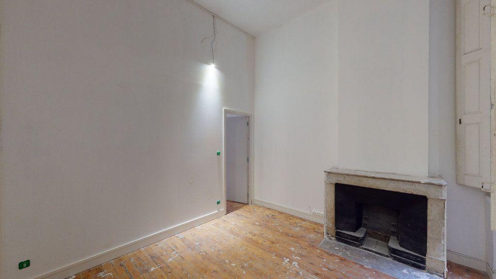 Appartement à vendre 2 31m2 à Lyon 1 vignette-1