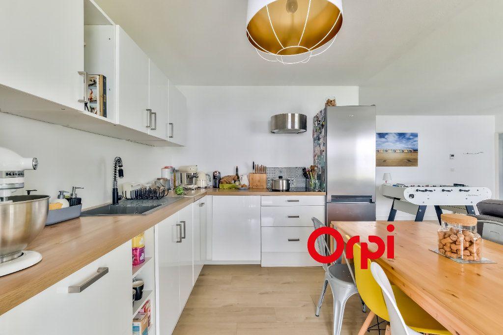 Appartement à vendre 4 82m2 à Lyon 9 vignette-2