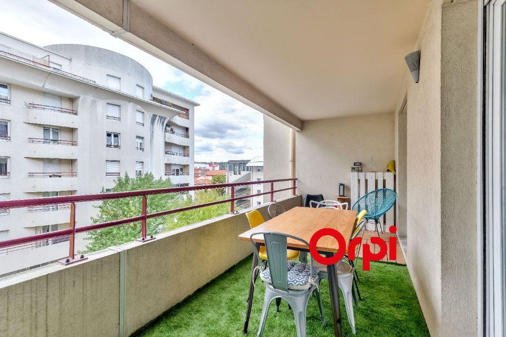 Appartement à vendre 4 82m2 à Lyon 9 vignette-3