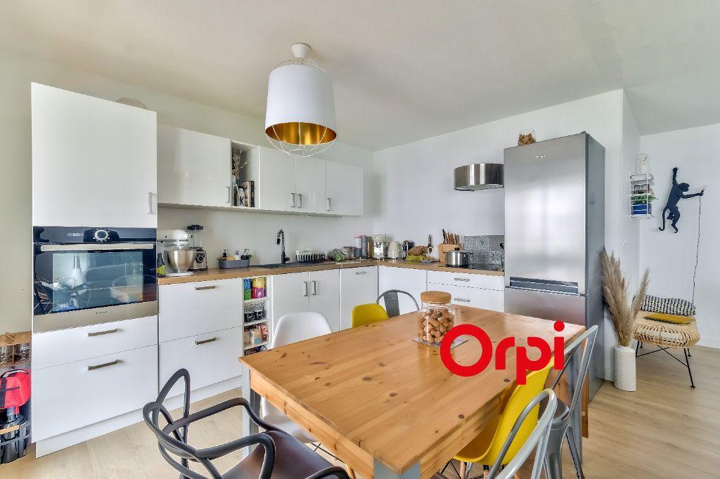 Appartement à vendre 4 82m2 à Lyon 9 vignette-7