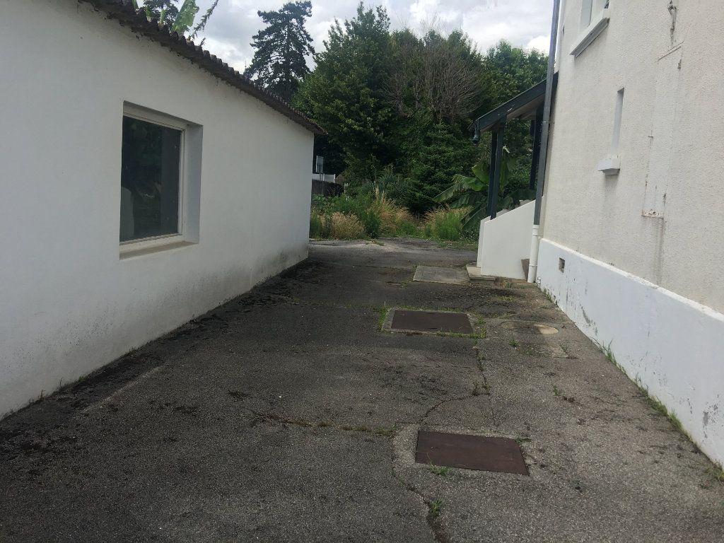 Maison à vendre 6 177m2 à Beynost vignette-9