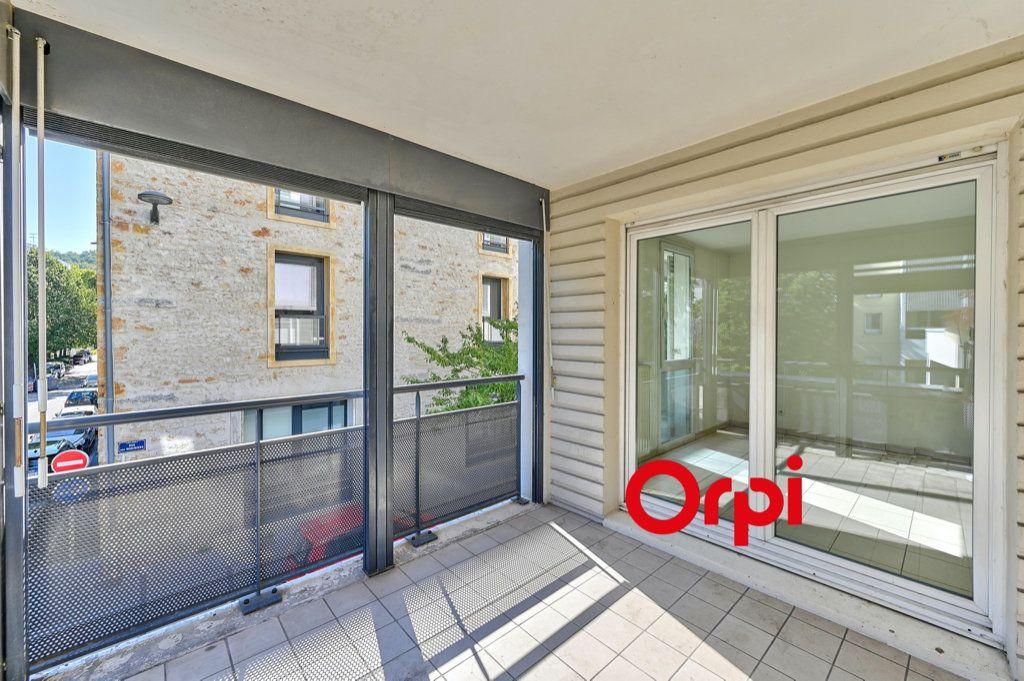 Appartement à vendre 3 66m2 à Lyon 9 vignette-2