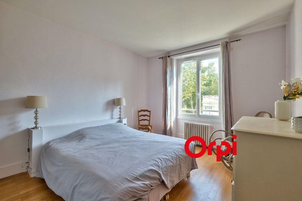 Appartement à vendre 3 101m2 à Lyon 6 vignette-7