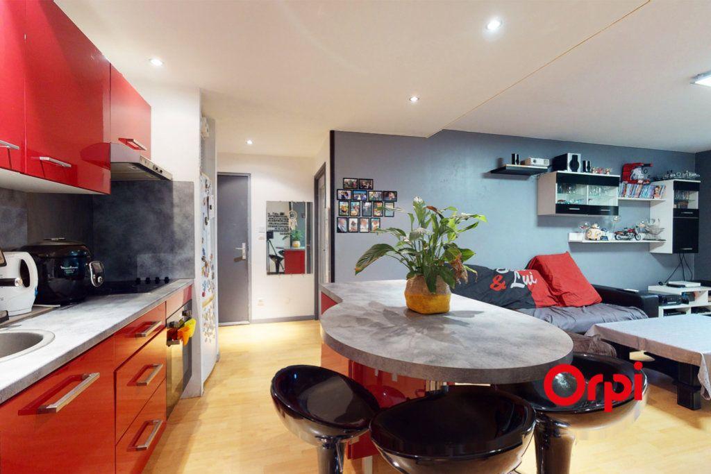 Appartement à vendre 3 63m2 à Tassin-la-Demi-Lune vignette-5