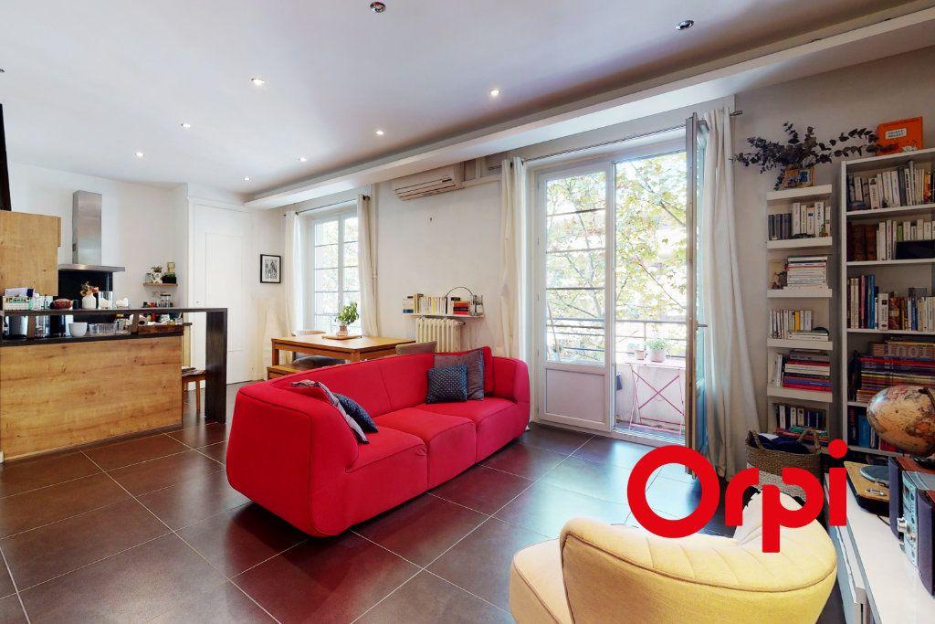 Appartement à vendre 2 54.05m2 à Lyon 6 vignette-1