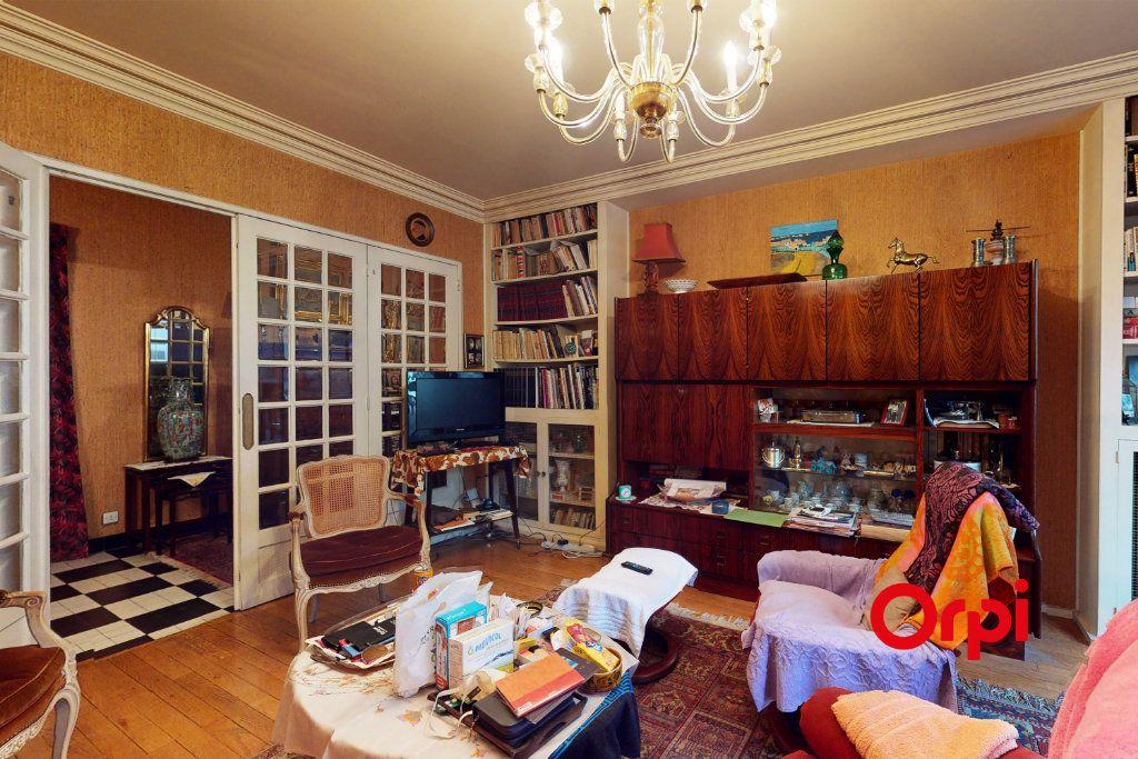 Appartement à vendre 3 82.85m2 à Lyon 3 vignette-3