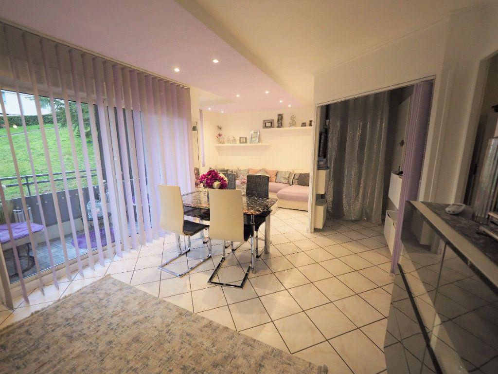 Appartement à vendre 4 74m2 à Lyon 5 vignette-1