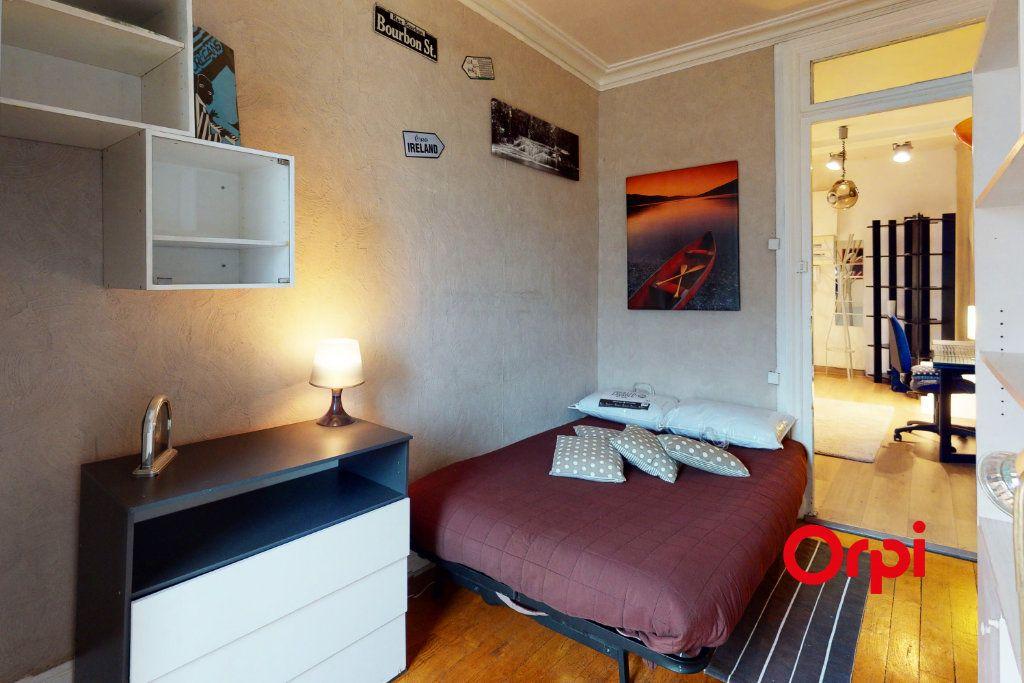 Appartement à louer 2 65.53m2 à Lyon 2 vignette-4