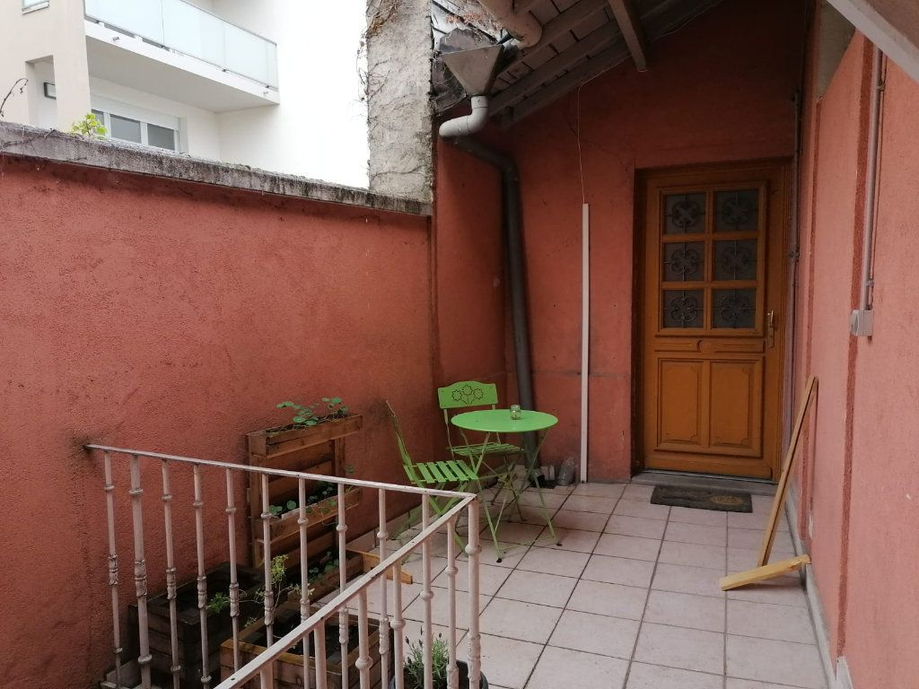 Appartement à vendre 3 52.39m2 à Lyon 9 vignette-7