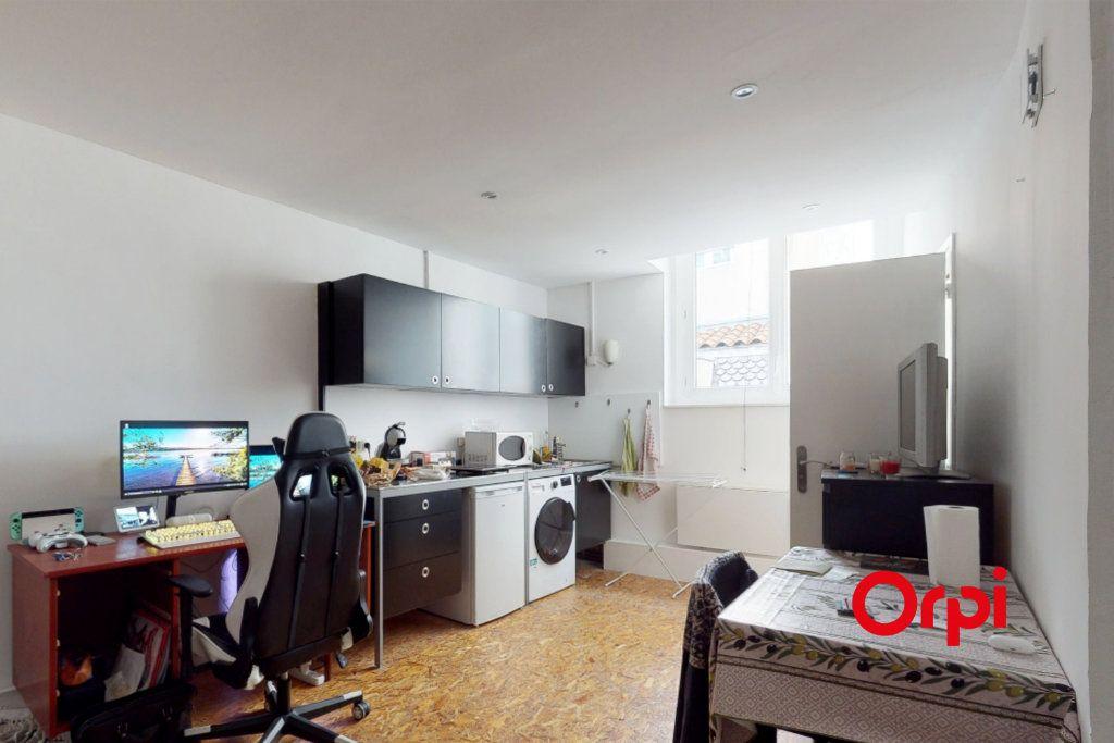 Appartement à vendre 1 19.53m2 à Lyon 1 vignette-2