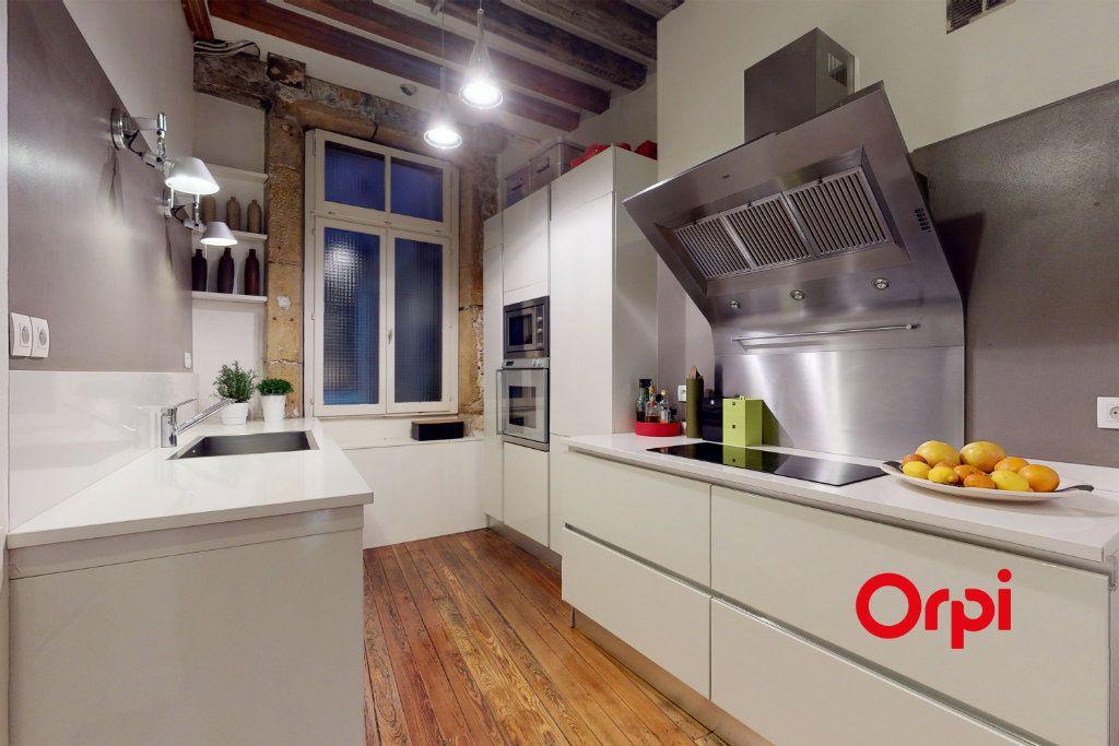 Appartement à vendre 5 160.16m2 à Lyon 1 vignette-3