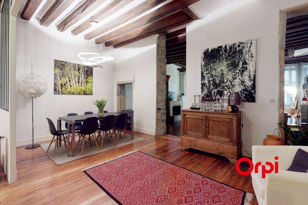Appartement à vendre 5 160.16m2 à Lyon 1 vignette-4