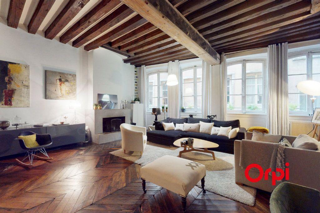 Appartement à vendre 5 160.16m2 à Lyon 1 vignette-5